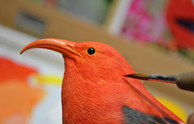 This Japanese Woodcarver Helps the Blind See Birds Through Touch