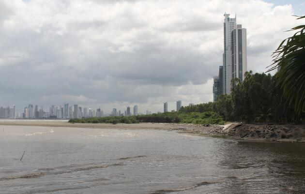 Panama Bay Regains Limited Protected Status
